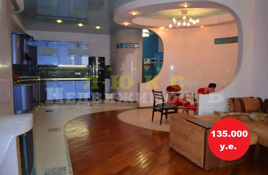 продажа трехкомнатной квартиры номер A-125277 в Приморском районе, фото номер 10